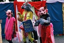 Islewilde 2004 Waterbucket Circus
