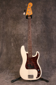 Fender USA 62 RI P Bass Olympic White