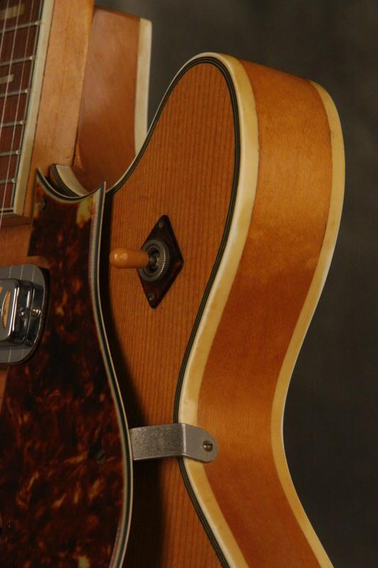 Original 1960 s harmony meteor hollowbody guitar blonde w flame maple