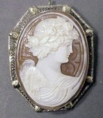 CAMEOS/PORTRAIT JEWELRY
