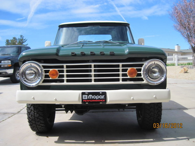 76 Dodge W100 4x4 Shortbed 1 2 Ton Rustfree Lifted Beauty Spent ...