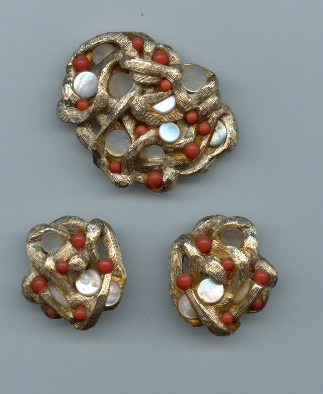Sarah Coventry Jewelry Research Page