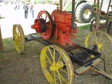 Roberts' Antique Farm Show