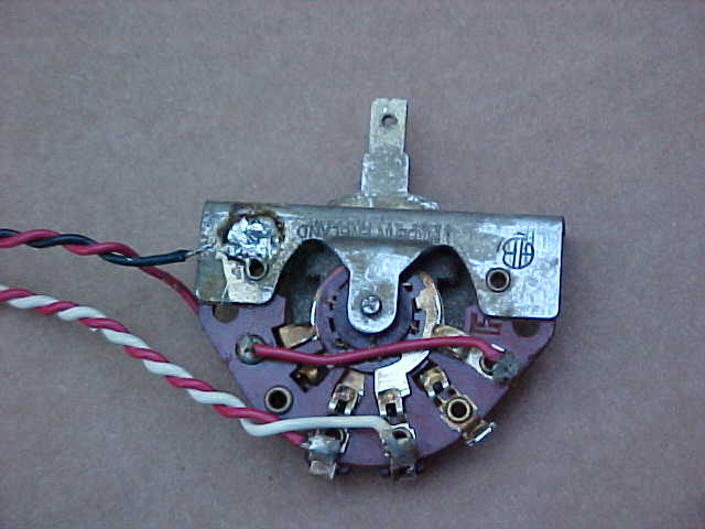vintage 1960s vox guitar wiring harness w original switch pots great for restoring 1960s vox guitars please scroll down and look at all the pictures we will accept paypal on this auction no zero feedback bidders