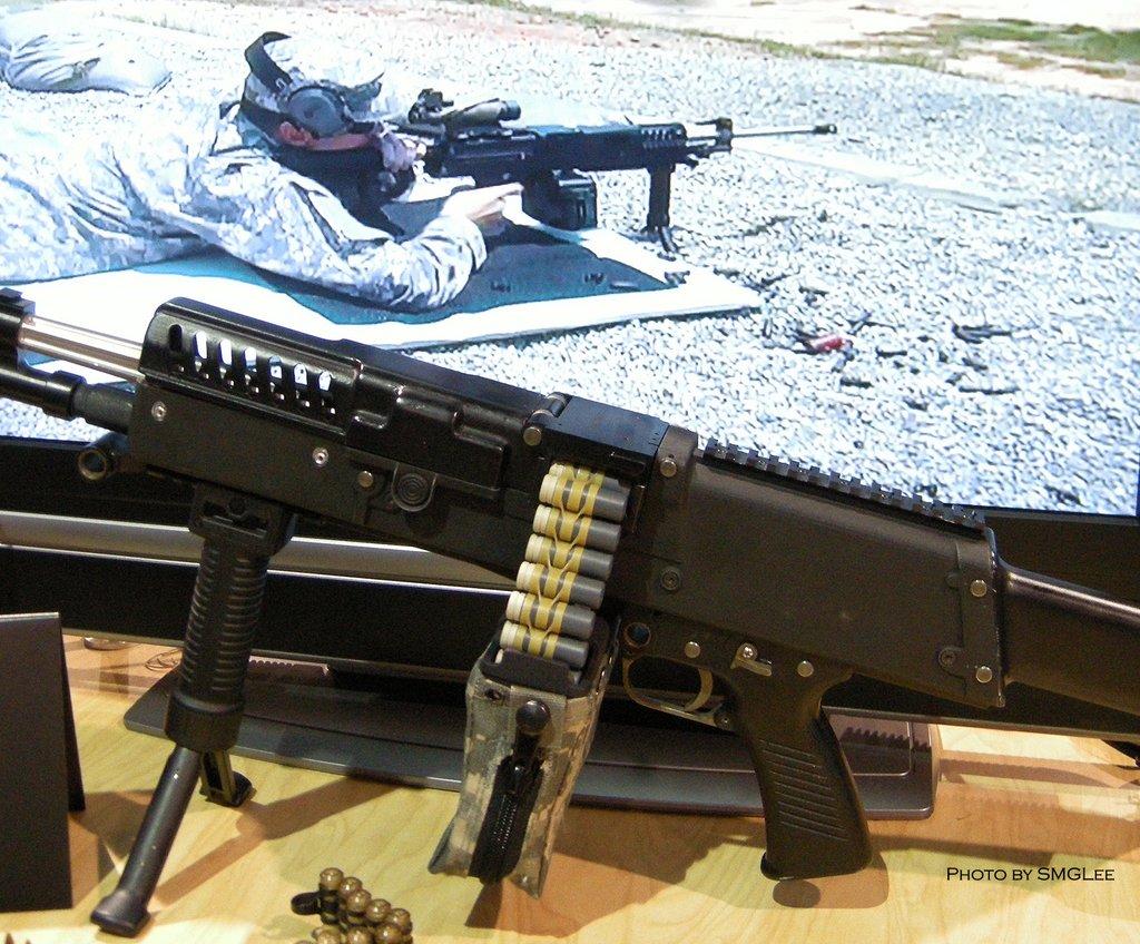 ■[実銃情報] US Army Expo 2008 US Army Expo 2008より軍用銃