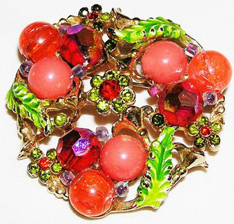 Brooches, Pins And Brooch Demis