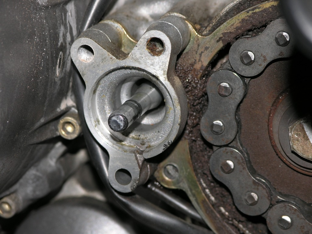 Hydraulic Clutch Bleeding : How to bleed your hydraulic clutch
