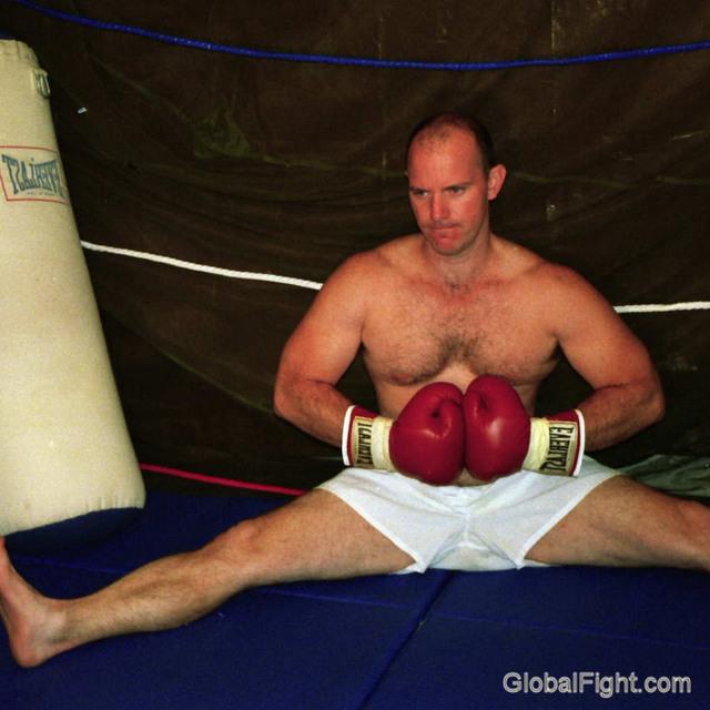 boxer man hairy legs splits