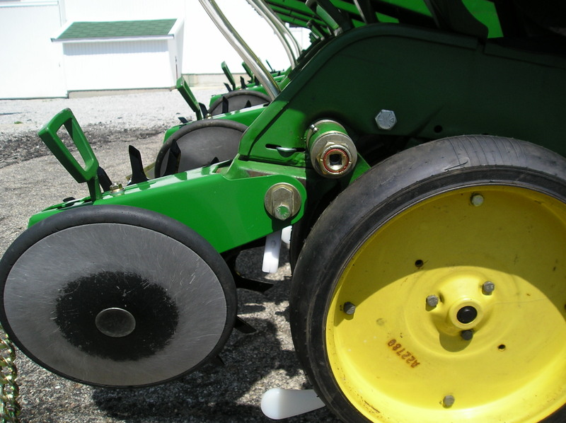 Viewing A Thread John Deere 7000 7200 Closing Wheels