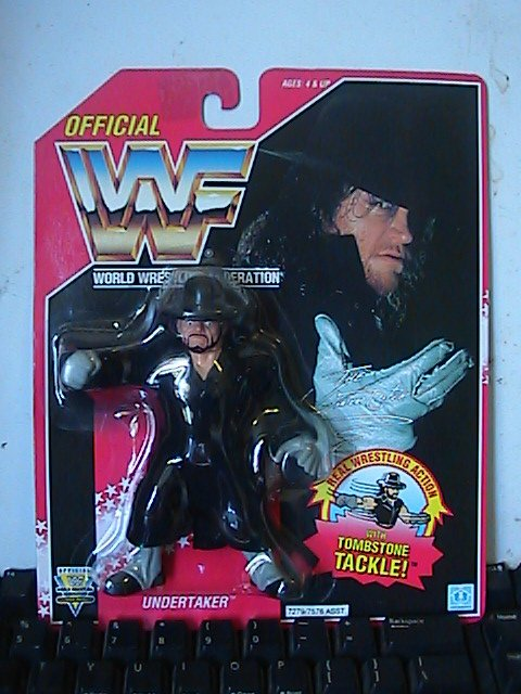 A Look Back: The Undertaker (WWF Hasbro Line) Picture%20261