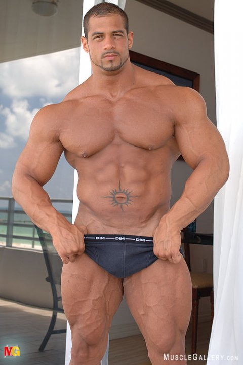 Nude muscle guy blog hot pic 99