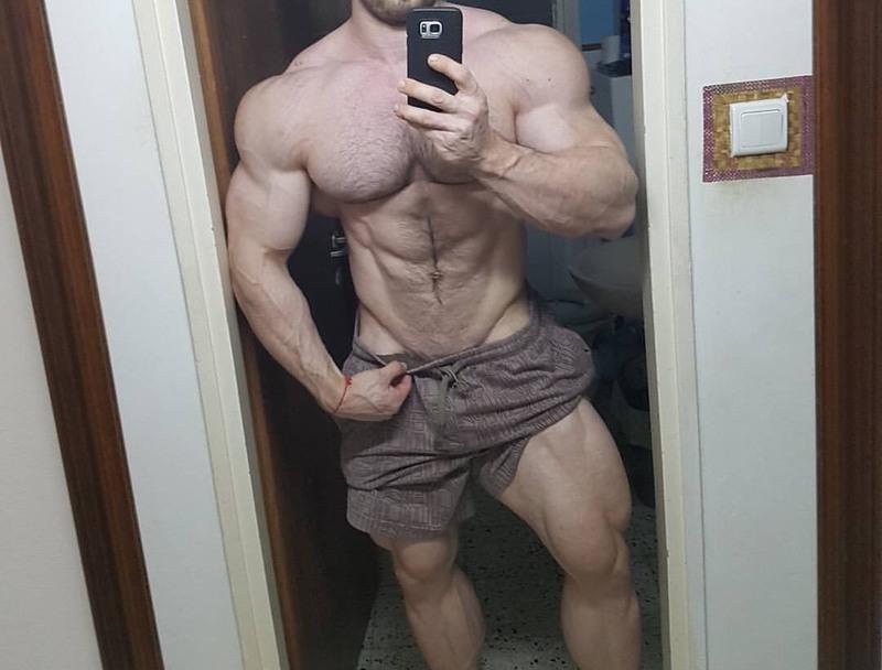 selfie_537_Dani_Kaganovich.jpg