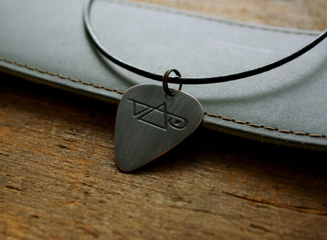 hand made etched copper guitar pick necklace with steve vai ebay. Black Bedroom Furniture Sets. Home Design Ideas