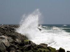 THE WEDGE IN NEWPORT BEACH