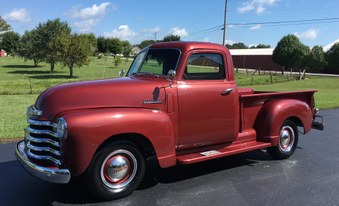 1947 Chevy 3100! 6 CYL,2  Deuce Set Up!
