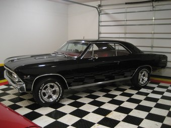 SOLD! Chevelle SS 396! 4 Spd! Black/Red