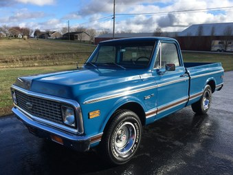 SOLD! 1971 Chevy C10 Custom Short Bed!