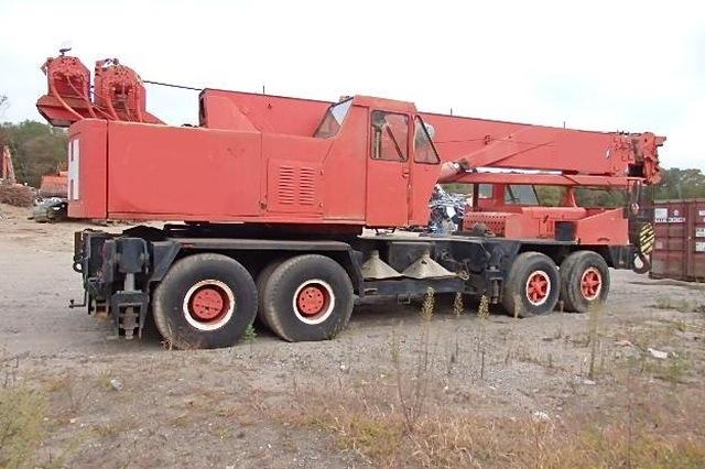 1978 P&H T-750 Crane