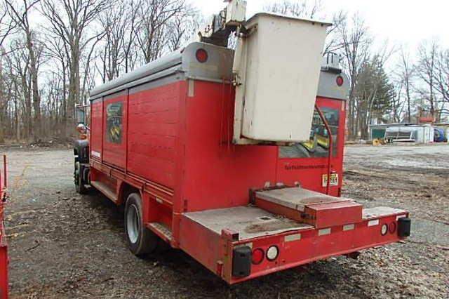 GMC Top Kick LoPro 30ft Bucket Service Truck