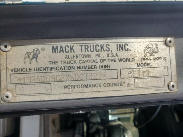 """Mack"