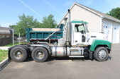2004 Mack Ch613 Tandem Axle Tractor
