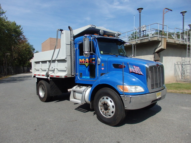 2006 Peterbilt Single Axle 335 heavy duty Dump Truck