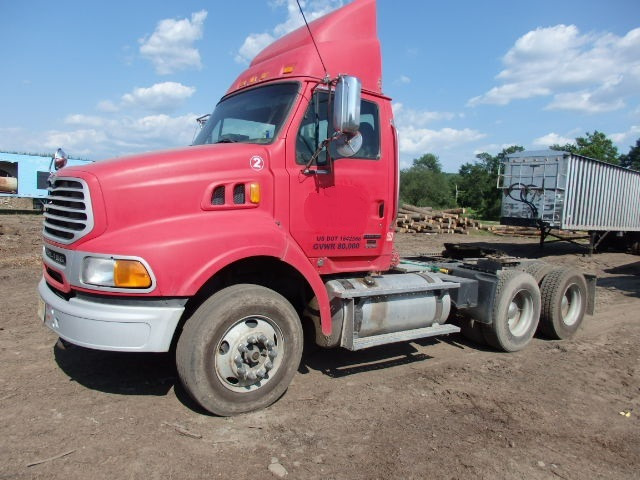 2007 Sterling AT9500 Tandem Axle Day Cab