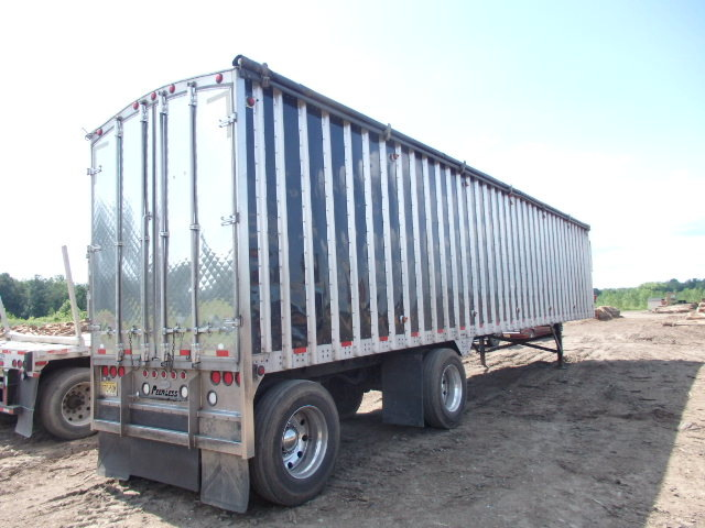 2008 45''x 96'' Peerless 97 yard Walking Floor Mulch Trailer