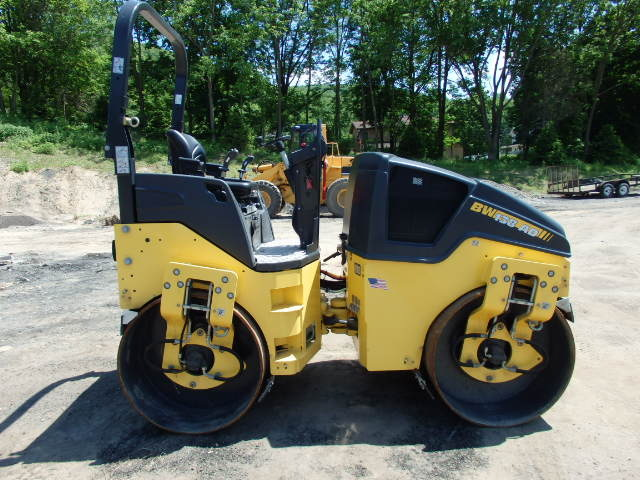 2017 Bomag 138 AD-5 Roller 54' Double Drum Vibratory