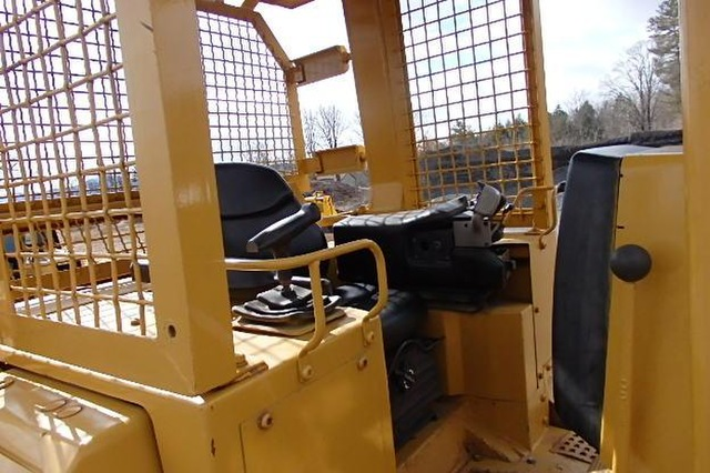 Cat D5M LGP-Dozer 6 Way PAT Blade
