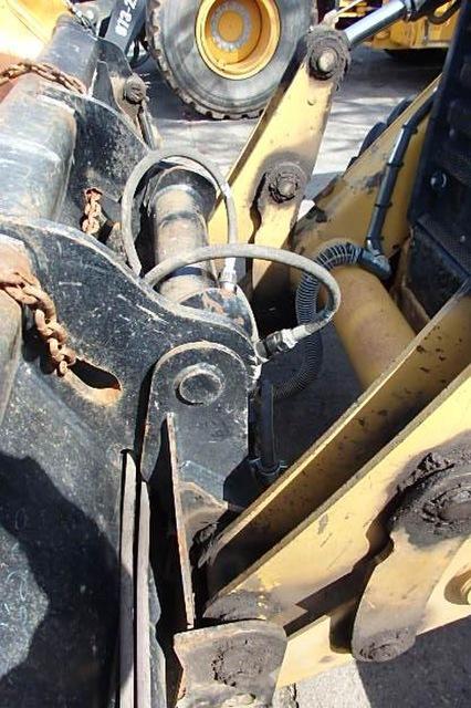 Caterpillar 430F2IT Backhoe loader