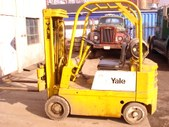 Fork Lifts Tow Motors