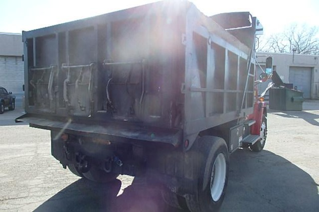 2003 Freightliner FL70 w 10'' Single Axle Steel Dump Body