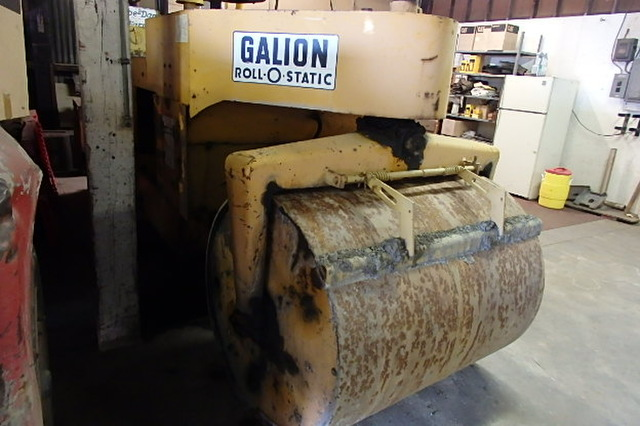 1972 Galion TH8 - 10