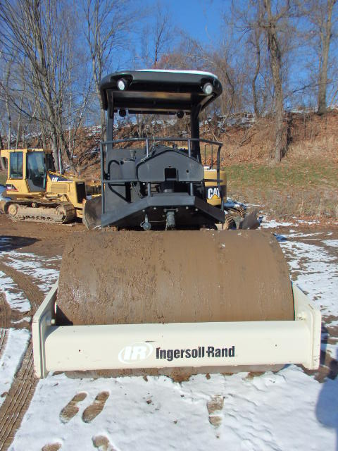 2007 Ingersoll Rand SD77DX Vibratory Single Smooth Drum Roller