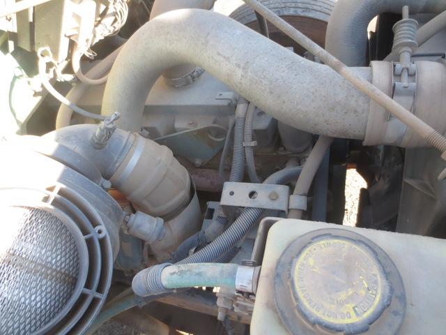 International 4900 Single Axle dump truck