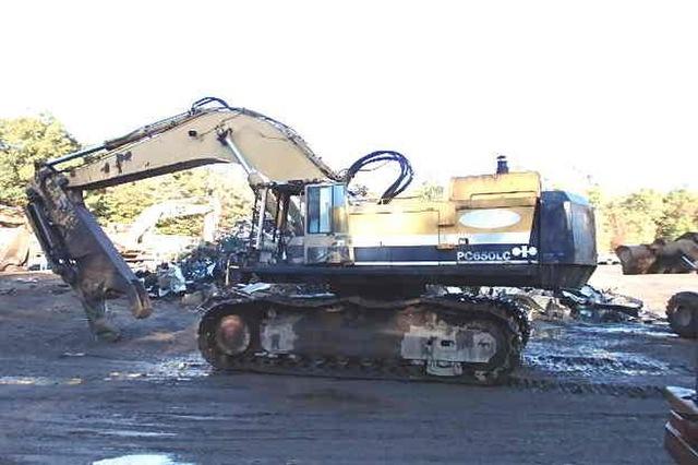 1987 Komatsu PC650-3 Excavator
