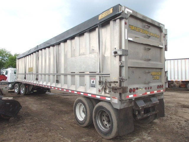 2007 Mac 115 yard 48''x102'' Walking Floor Trailer