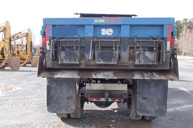 Peterbilt 378 single axle dump truck