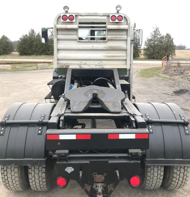 1976 Western Star White 4800-2 4x4 Cat 3208 Automatic