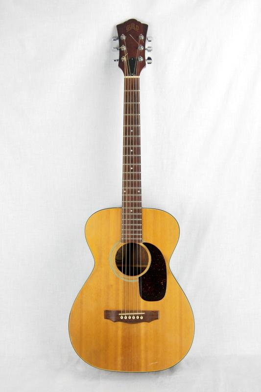 1976 guild f 20 nt troubador natural acoustic guitar small body vintage guitars electric semi. Black Bedroom Furniture Sets. Home Design Ideas