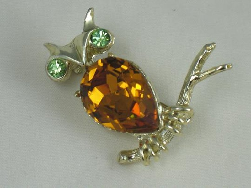 Cow:Jewel Creations/DODDS/11 W 30 ST INC