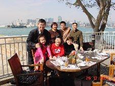 Patrick Fong Visits X'mas 2001