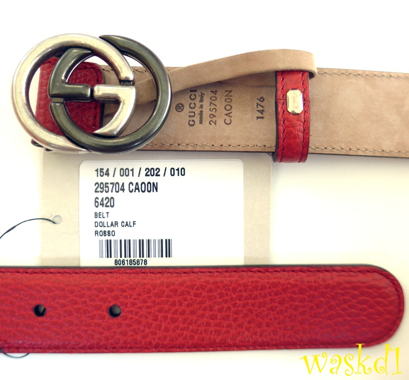 588ff9ca24 100% Authentic GUCCI fabulous soft red pebbled leather with 2-tone metal  interlocking